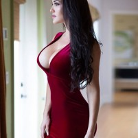 YASMIN The perfect selection of Vip Pune Escorts to full fill all your desires and fantasies..